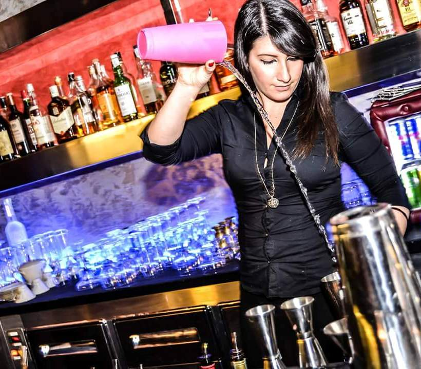 Mixologist Bartending School Training Certification